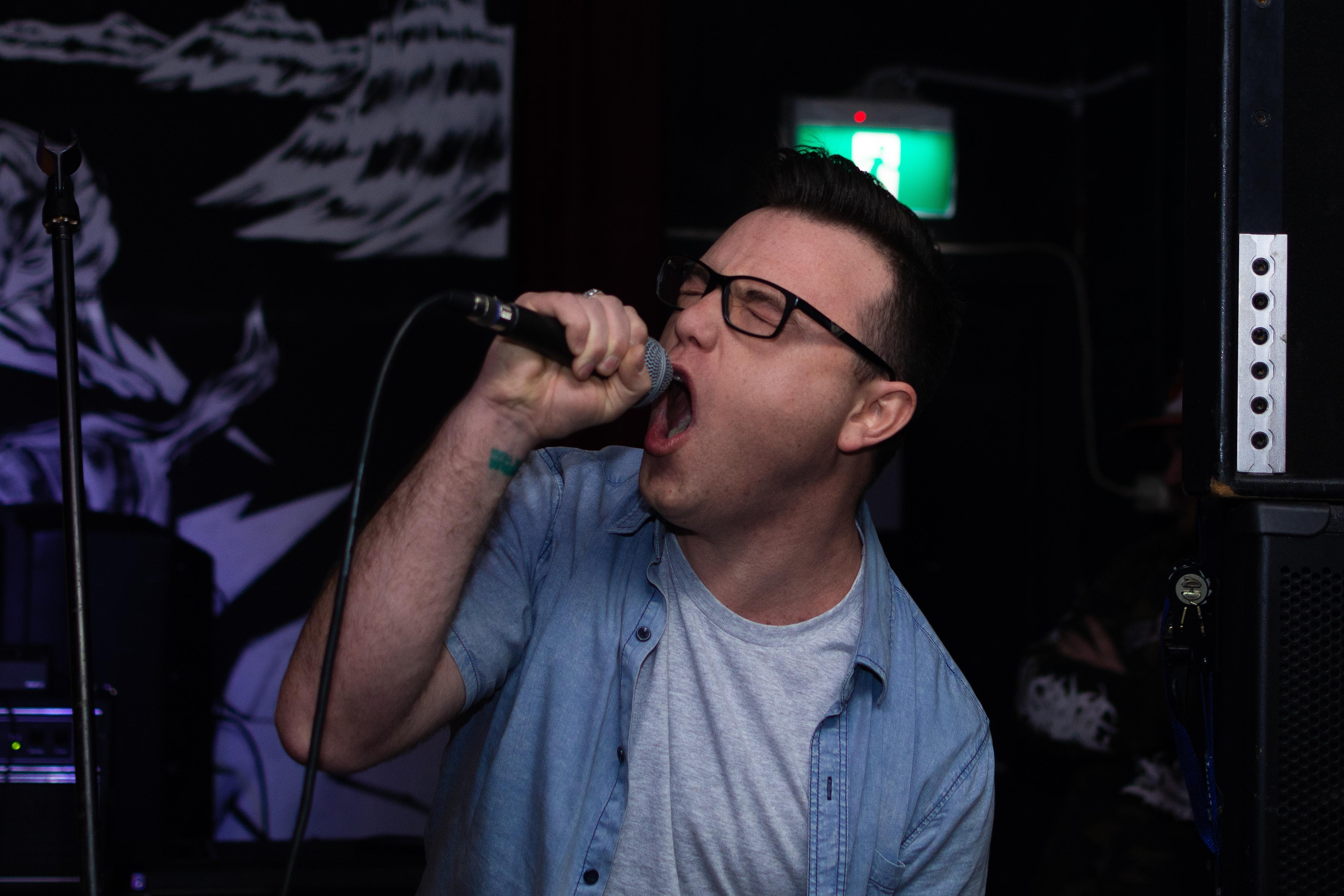 Karaoke holt alles aus Dir heraus