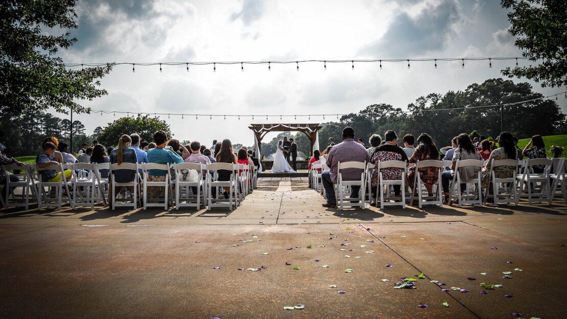wedding-2704923_1280