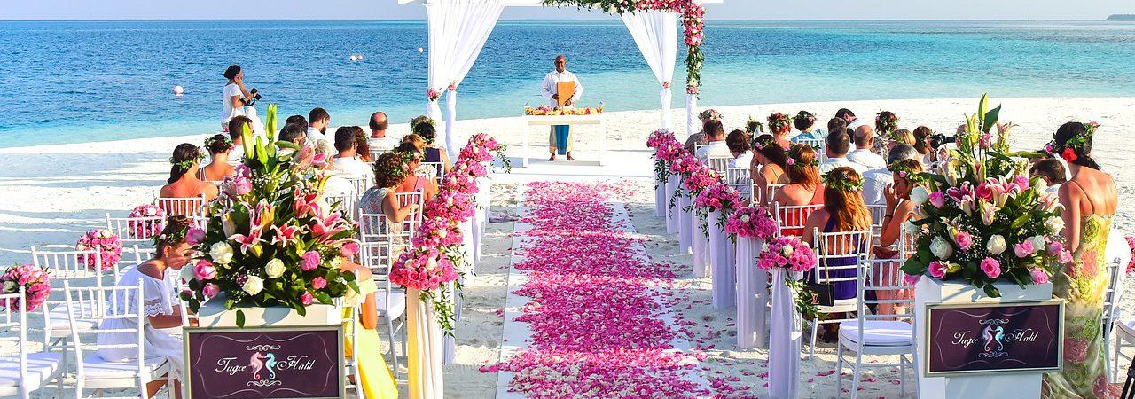 Zeremonie am Strand